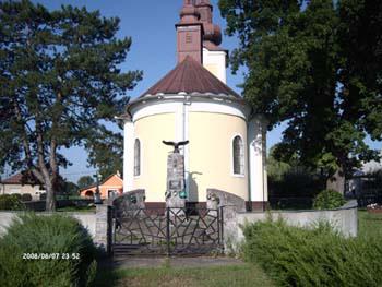 Görög katolikus templom és a II. világháborús emlékmű